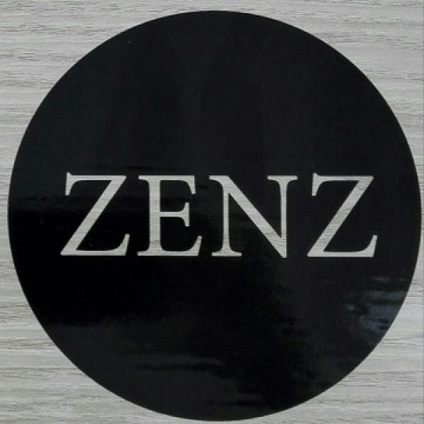 zenz_pallo.jpg